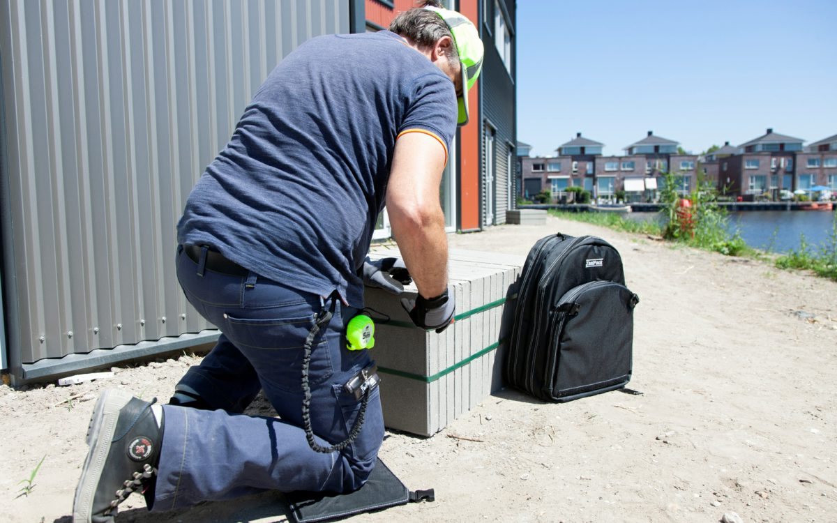 TO GET THE JOB DONE ! ToolPack tool back-pack with kneeling pad